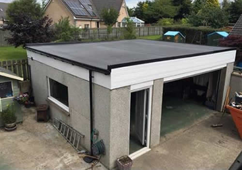 Guaranteed flat roof solution with rubberbond finish